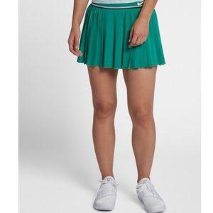 Brand New Nike Women's Fall Victory Skirt